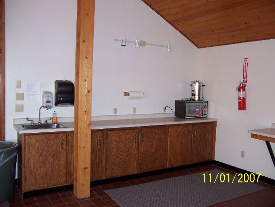 Image of kitchenette  with sink and counter
